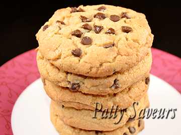 Chocolate Chips Peanut Butter Cookies