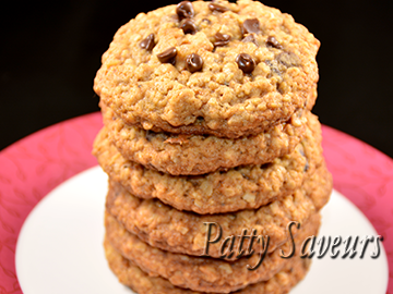 Oatmeal Pear Pecans Choc Chip Cookies small