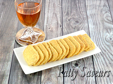 Parmesan Shortbread Crackers small
