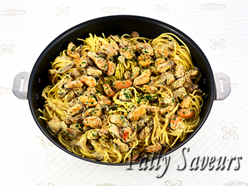 Pasta and Mussels Creamy Wine Sauce small
